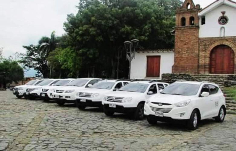 Camioneta Viajes Colombia Viva 5
