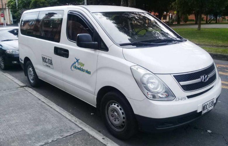 Minivan Viajes Colombia Viva 2