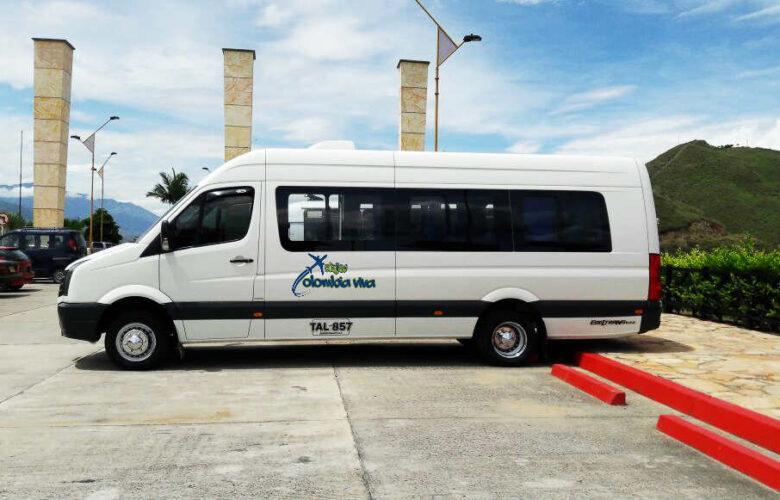 Van y camionetas Viajes Colombia Viva 3