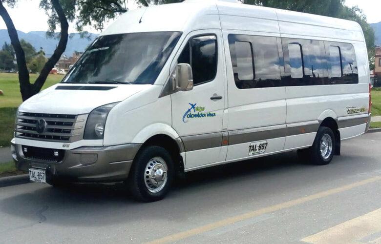 Van y camionetas Viajes Colombia Viva 6 i