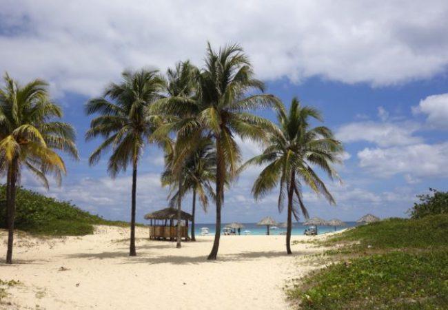 beach-755269-700x430