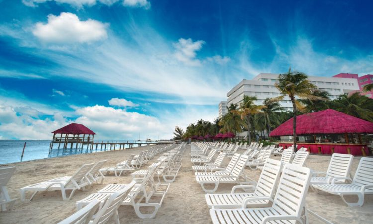 playa4-Oasis-palm-Cancún
